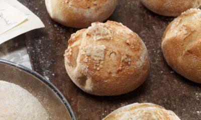 Lepinjice od ražanog brašna - Za one koji ujutru vole vruće pecivo!