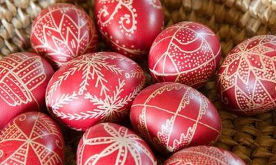 Kako izbjeći umjetne boje te zdravo i jednostavno ukrasiti jaja?
