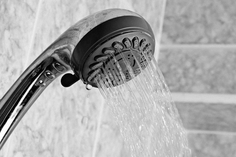 Super savjeti za čišćenje tvrdokornog kamenca i pljesni iz kupaonice!